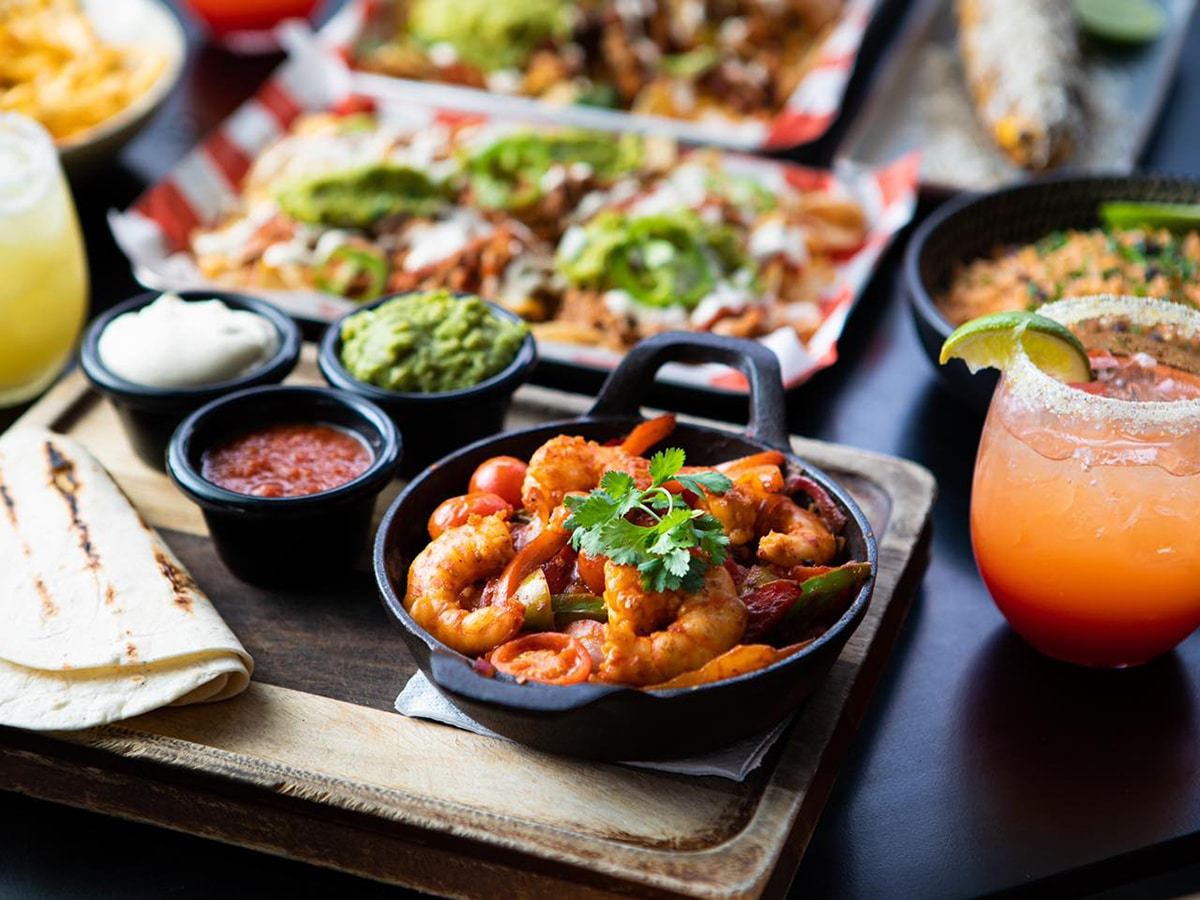 mucho mexicano restaurant meal