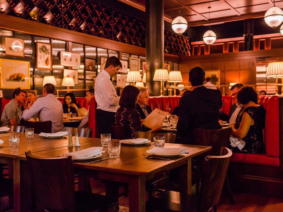 walters steakhouse and wine bar interior