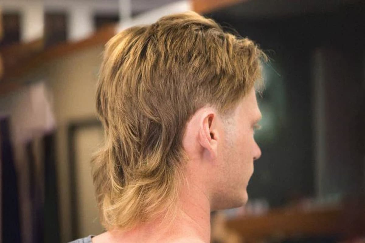classic mullet hairstyle for men