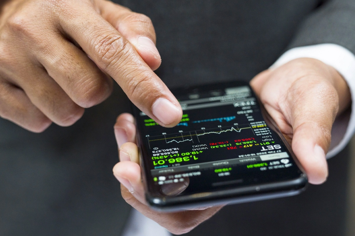 4 how to invest like warren buffett
