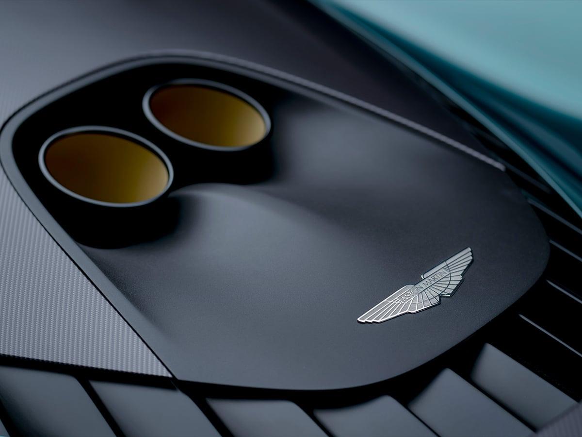 Aston martin valhalla exhaust