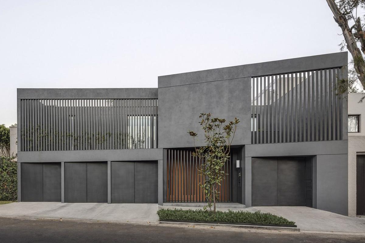 Hemaa updates mid century sierra negra house in mexico city 6