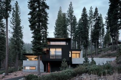 Faulkner Builds the Lookout House Right on the Ski Slope