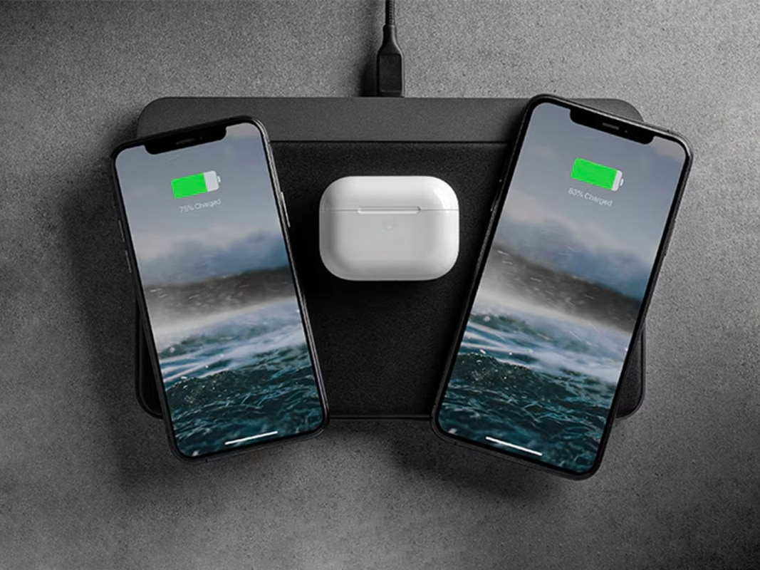 Nomad charging base