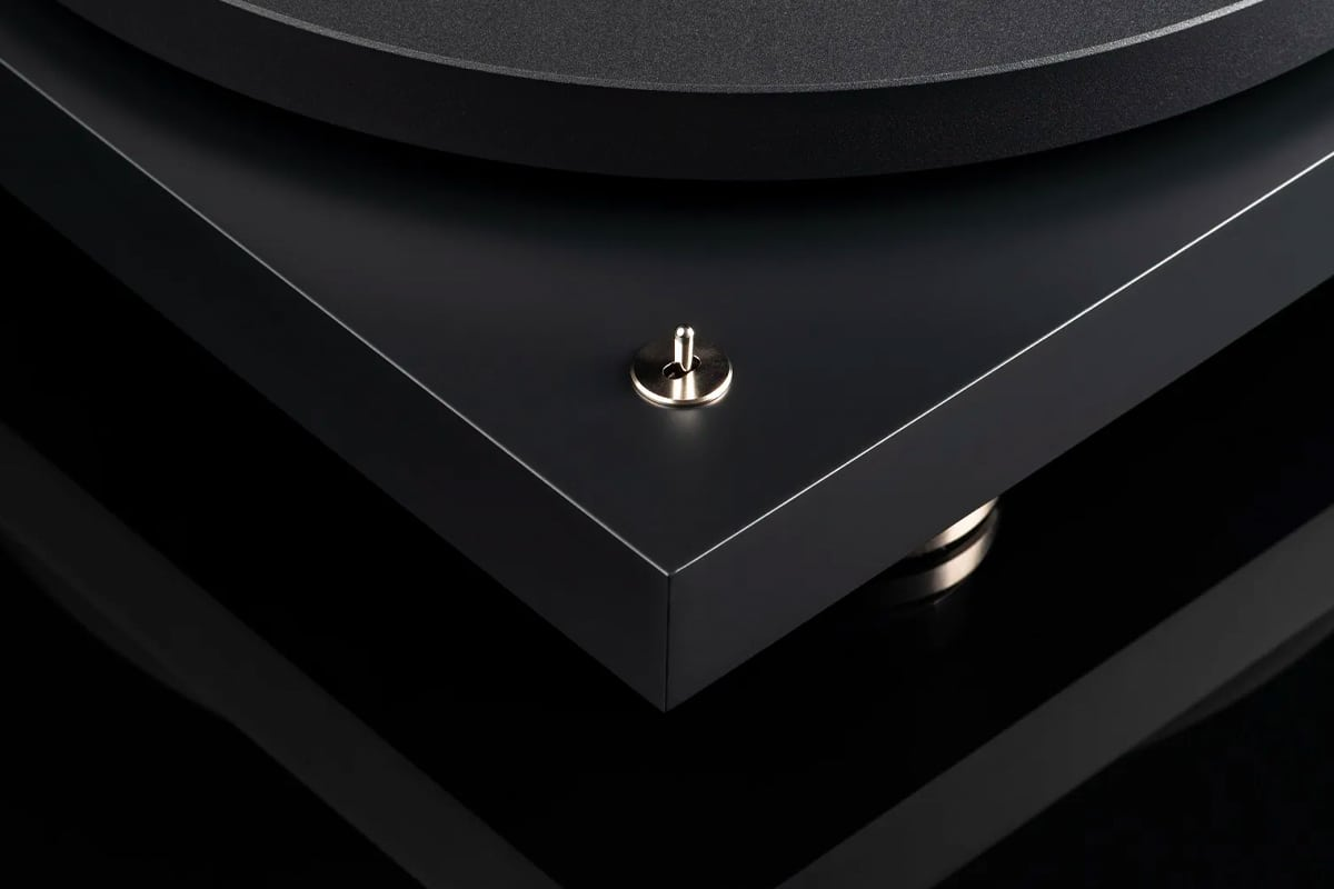 Pro ject debut pro turntable 3
