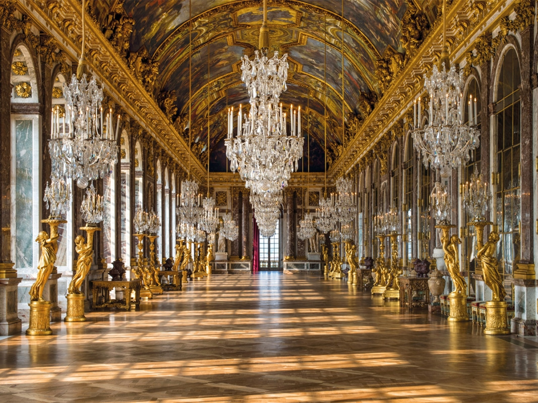 Stay at the palace of versailles 1