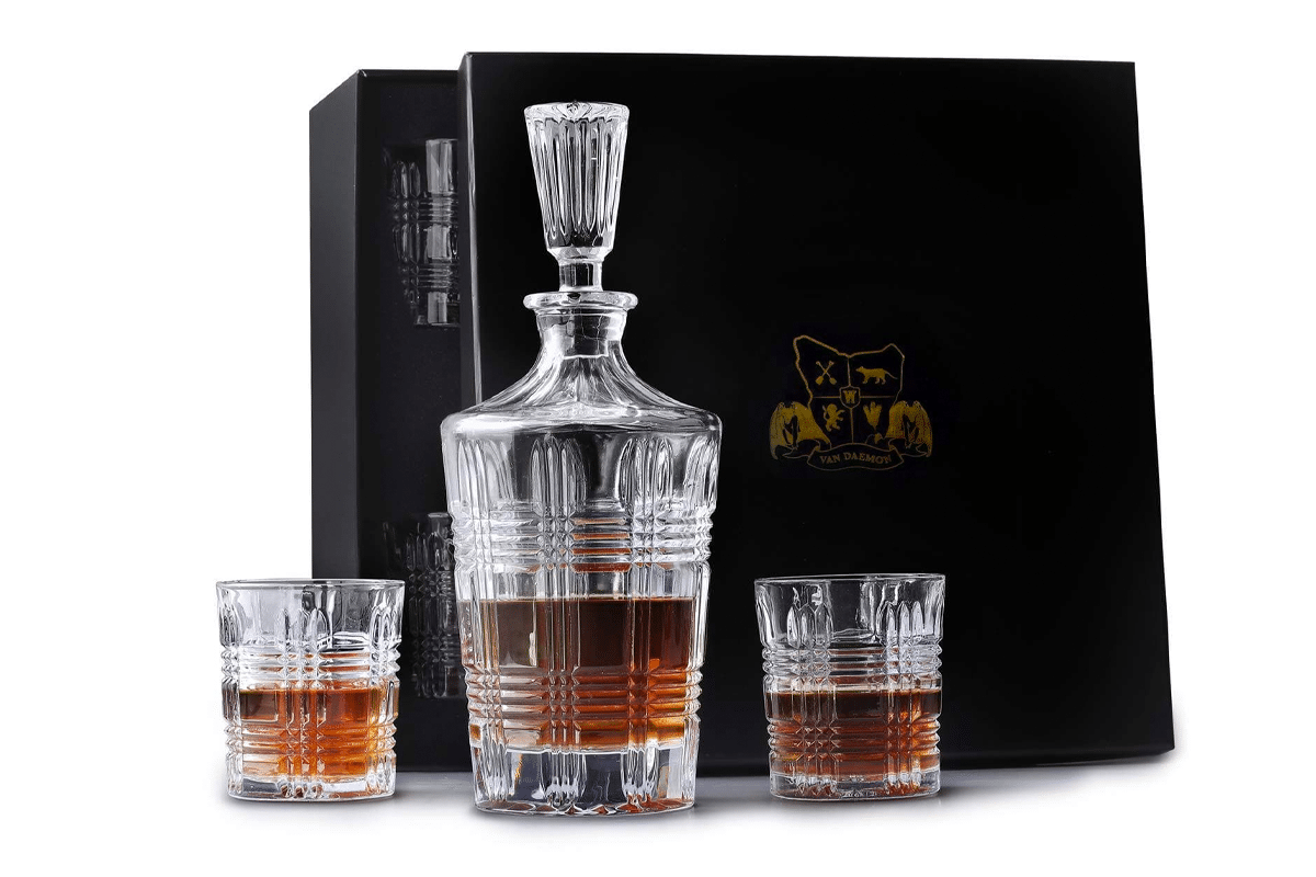 Van daemon whisky decanter glasses