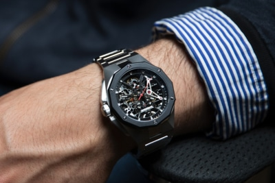 Astronic's Premium Watches are Inspired by Stealth Air Fighters