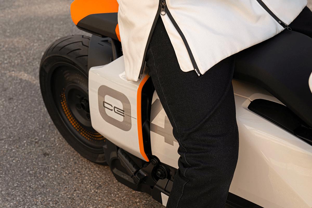BMW CE 04 Scooter