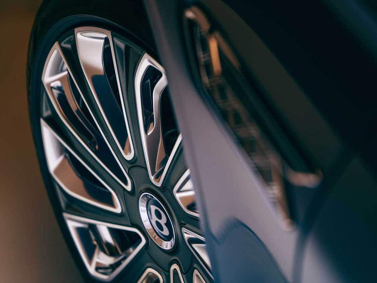 Bentley flying spur mulliner wheel