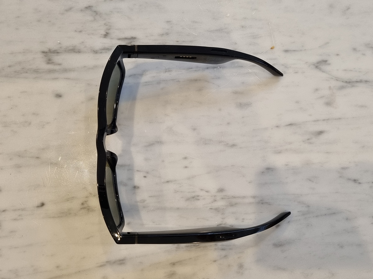 Bose frame thickness