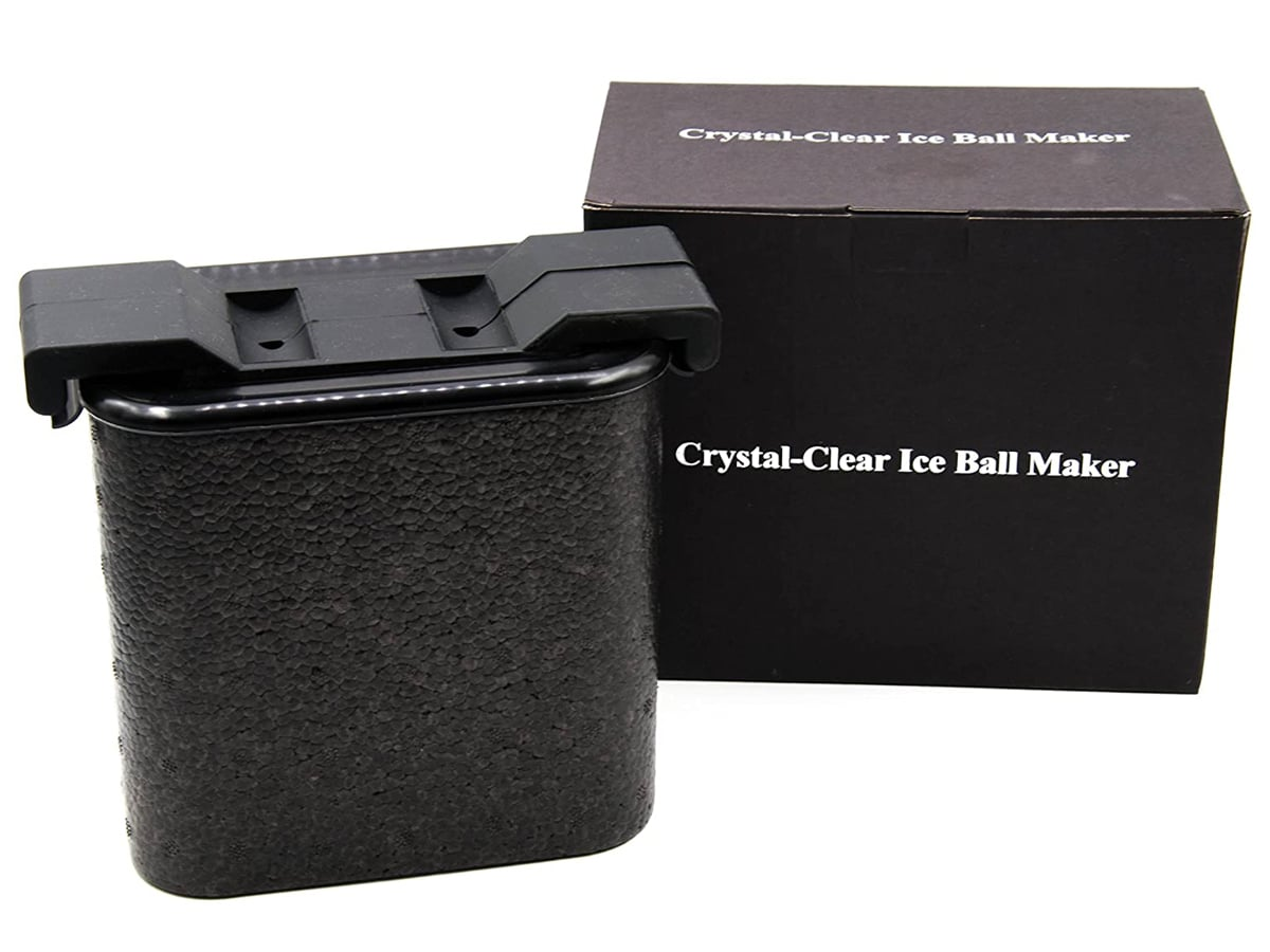 Crystal clear ice maker