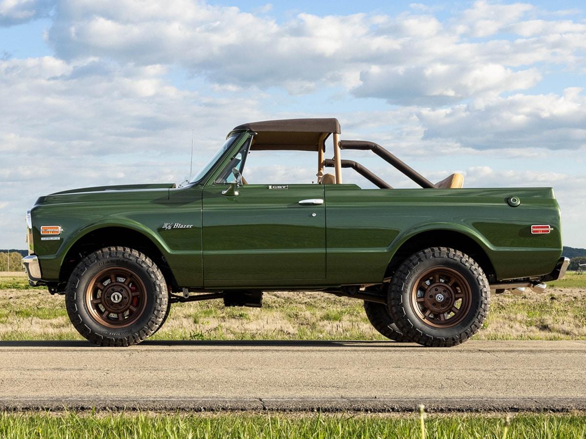 Custom 1970 chevrolet k5 blazer 1