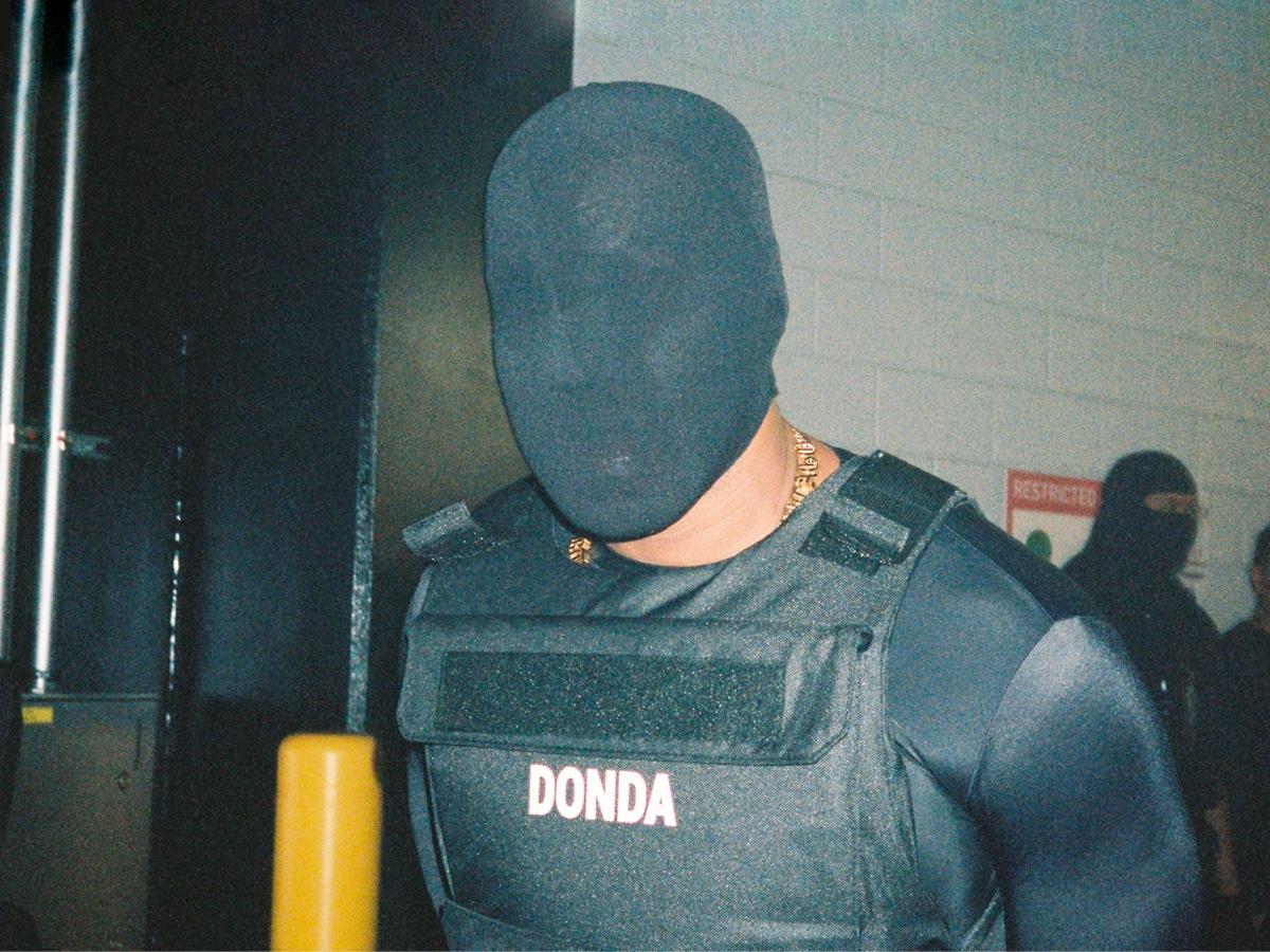 Donda vest