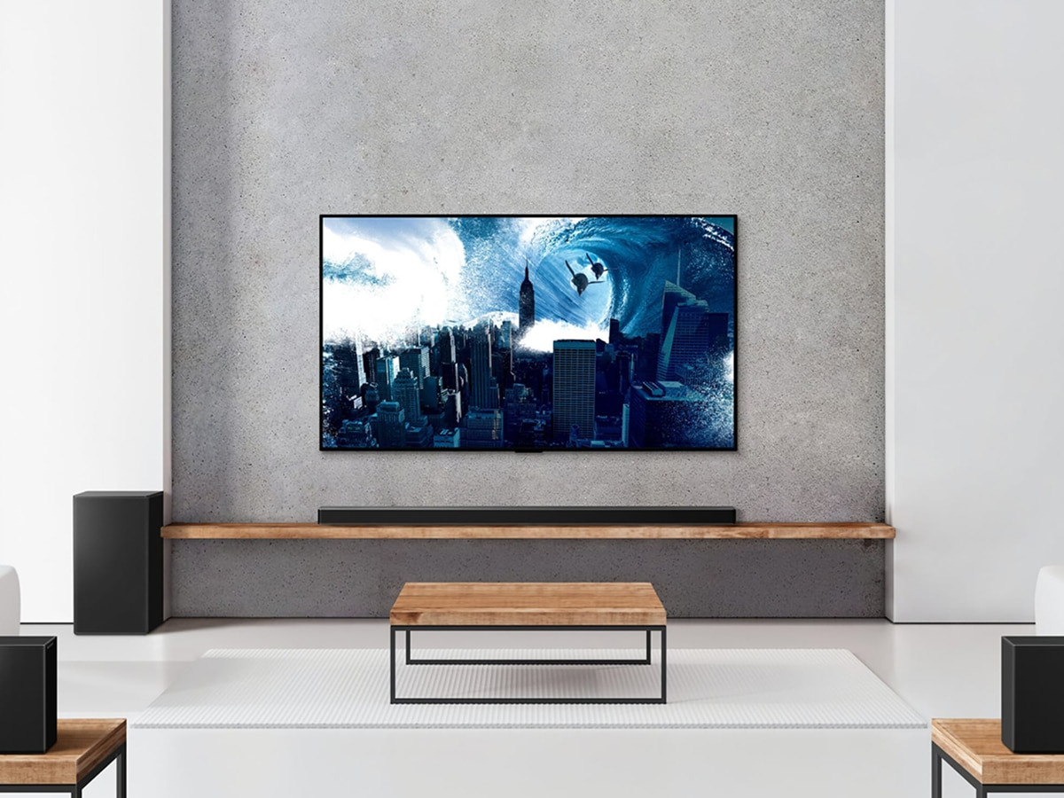 lg sp11ra 7 1 4ch soundbar and tv in the living room