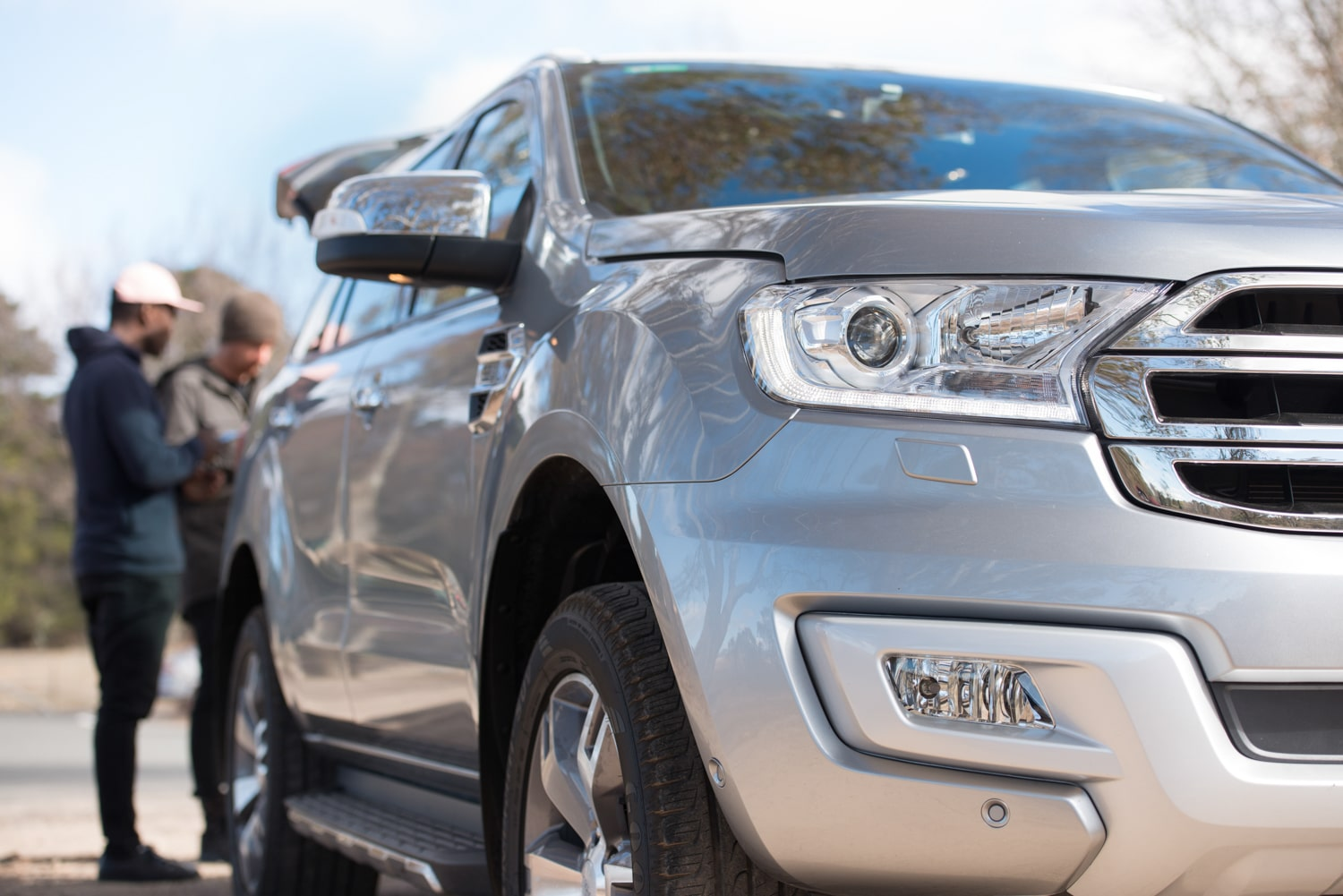 front light of ford everest car