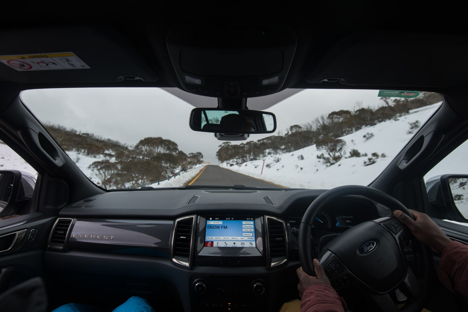 inside view of ford everest car