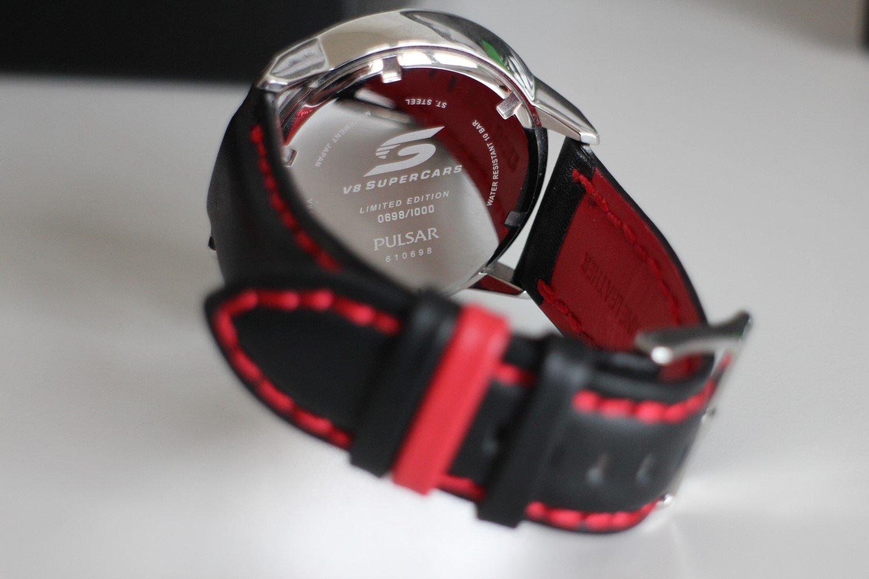 pulsar v8 limited edition watch strap
