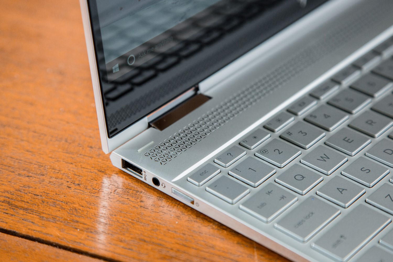 hp spectre x360 convertible laptop headphone port