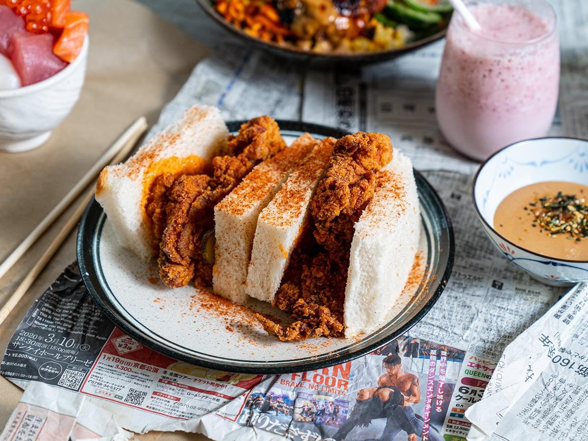 Sandoitchi buttermilk fried chicken sando