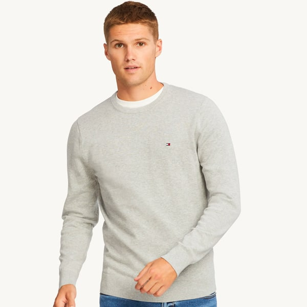 Th classic sweater
