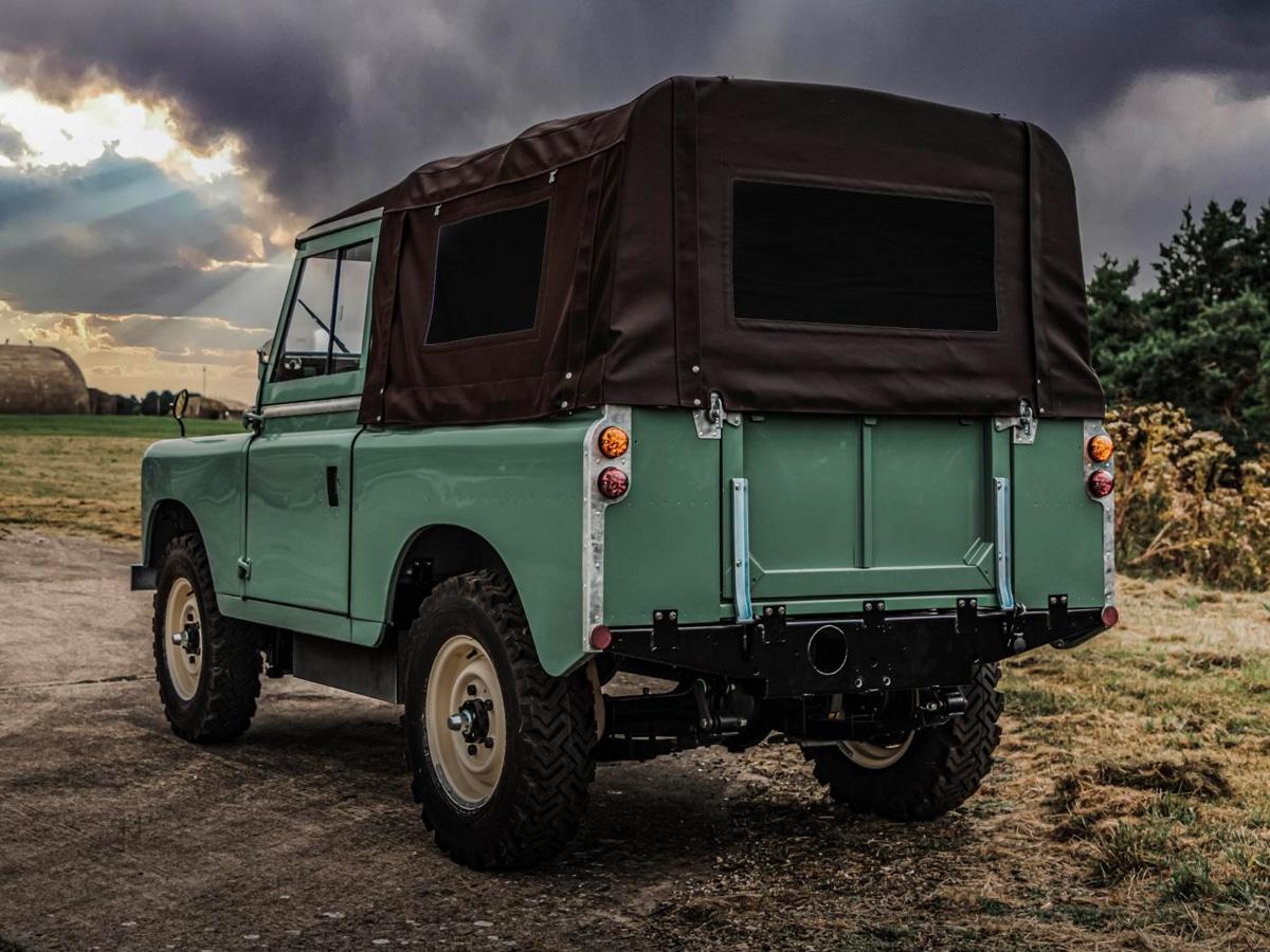 1 everrati electric land rover series iia