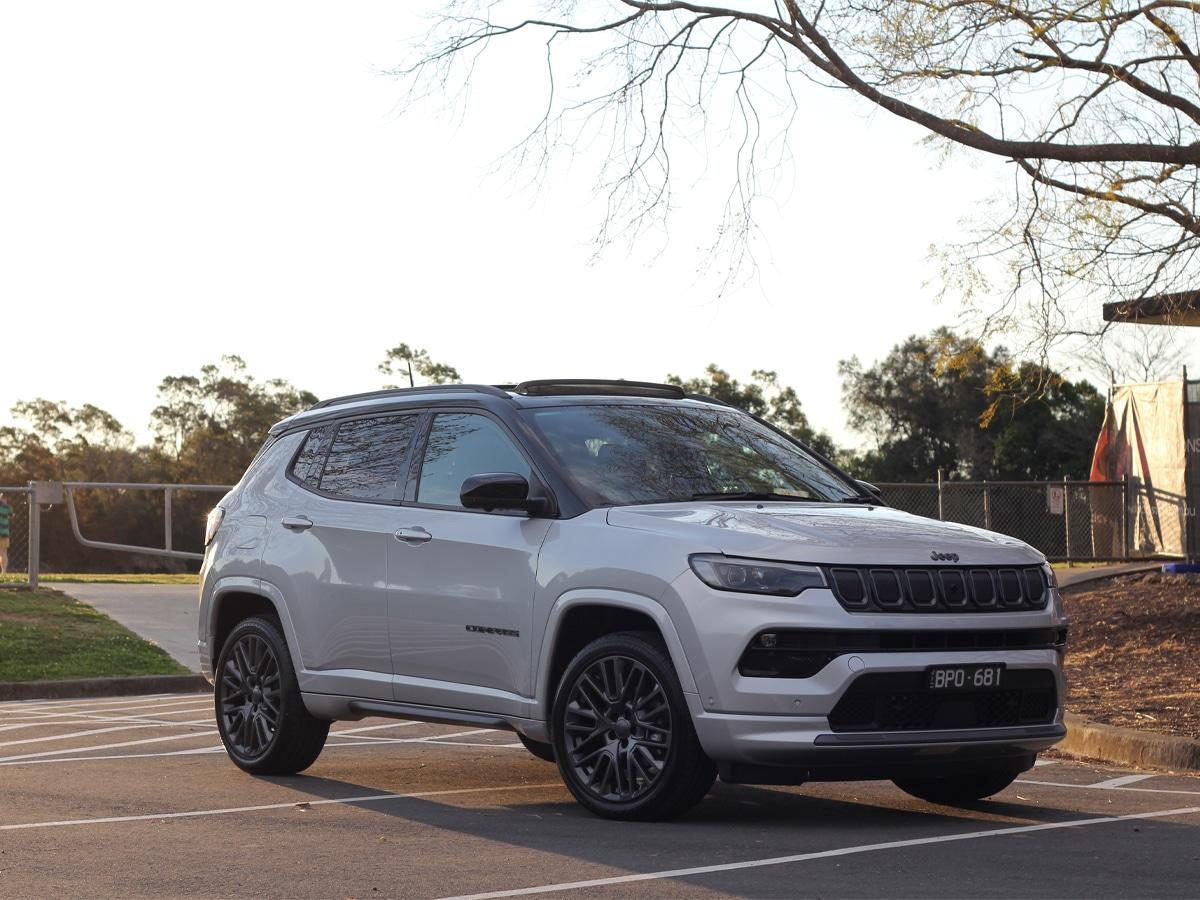 2022 jeep compass exterior