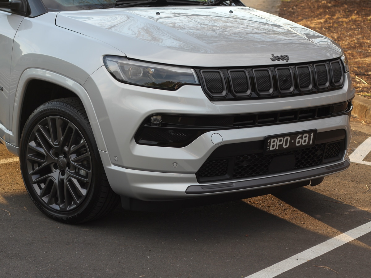 2022 jeep compass front end 2