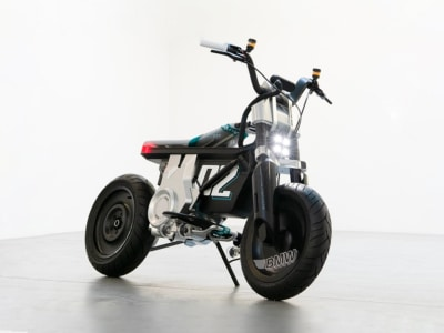 BMW Motorrad Concept CE 02 is Not Quite a Motorcycle, Not Quite a Scooter