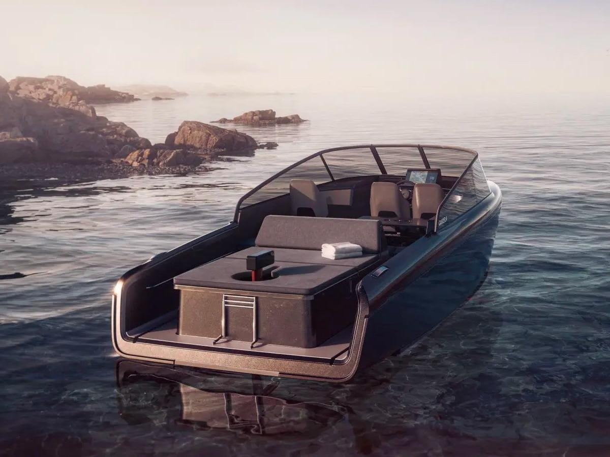 Candela c 8 hydrofoil speedboat 1