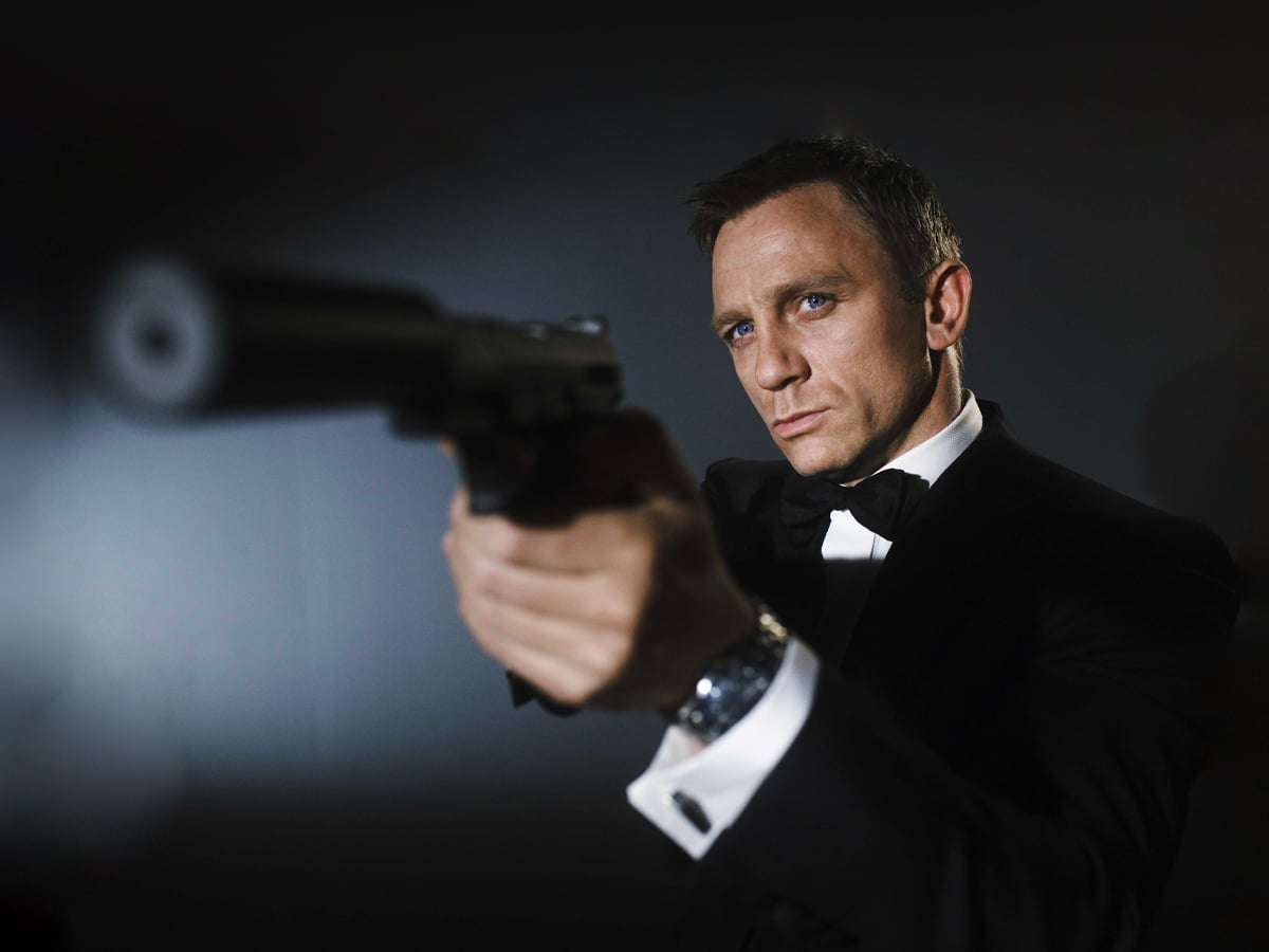 Daniel craig bond not a woman