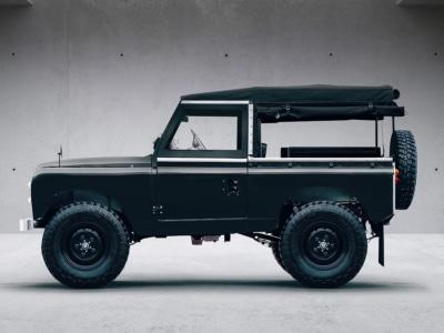 Everrati Electrifies the Iconic Land Rover Series IIA
