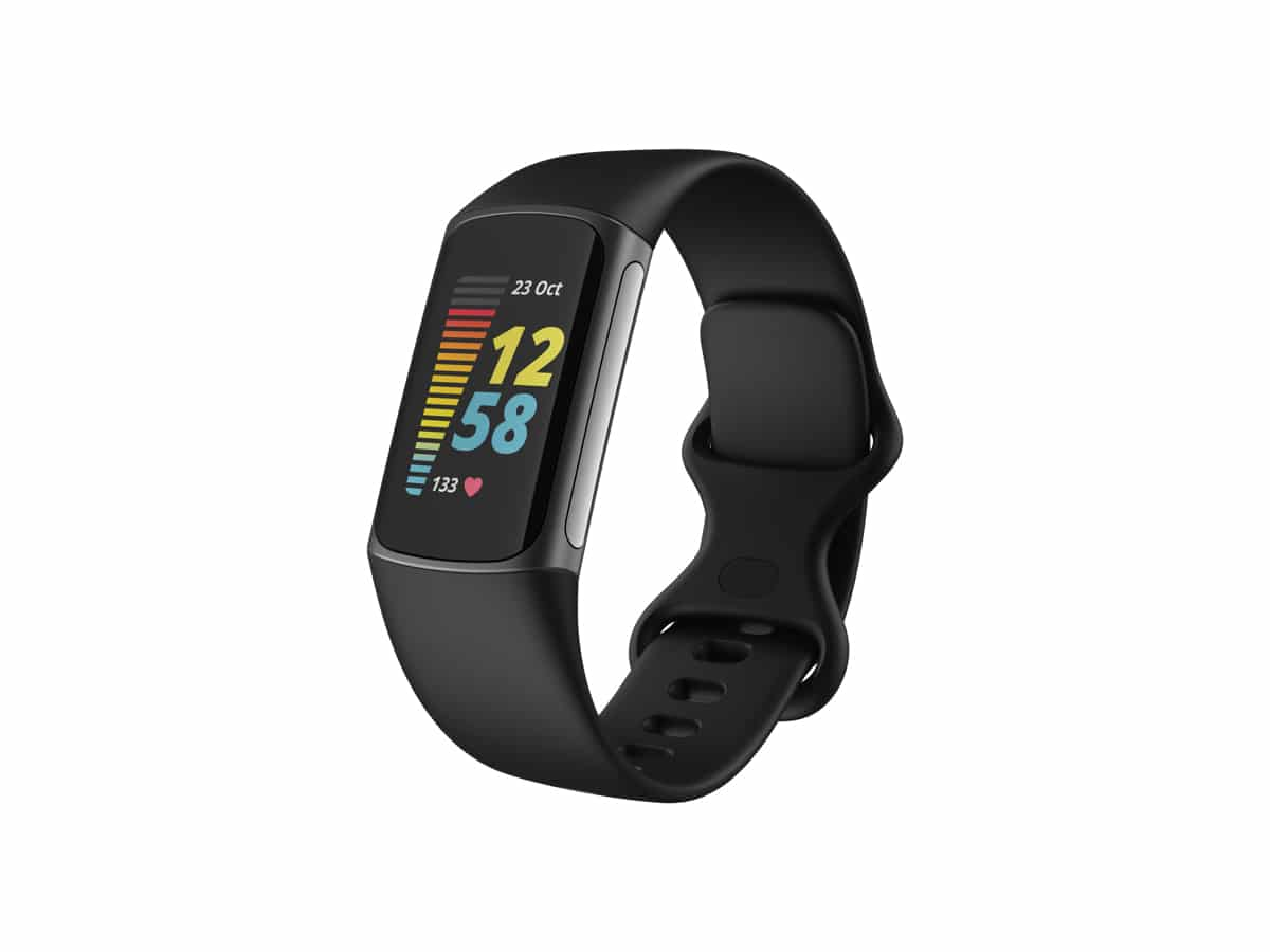Fitbit charge 5 slightfront