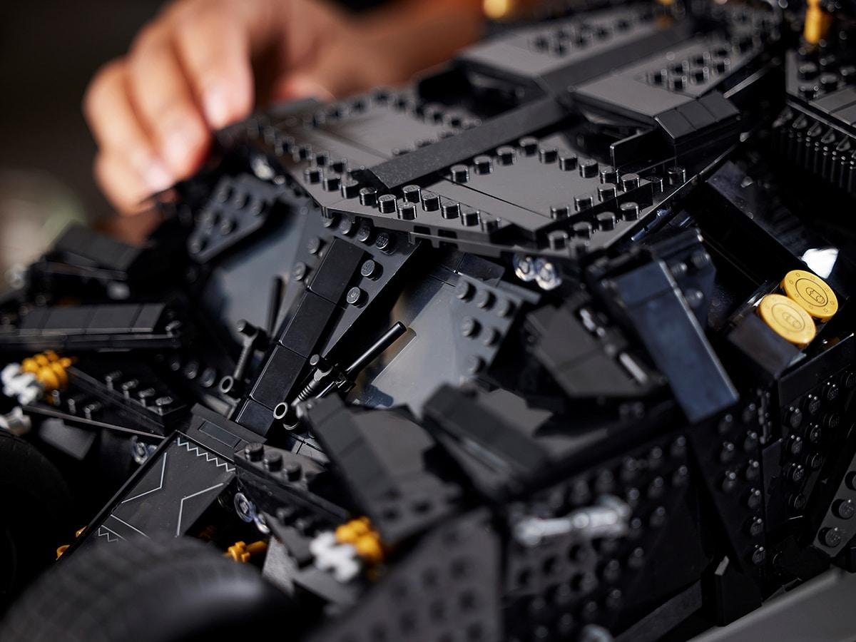Lego dc batman batmobile tumbler 6
