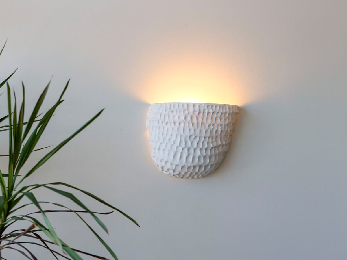 Milly dent wall lamp