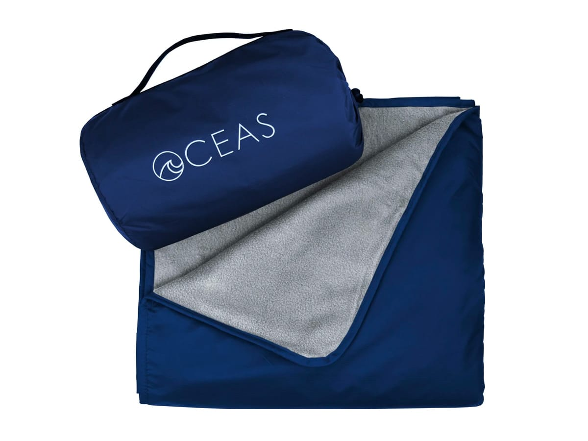 Oceans waterproof fleece blanket