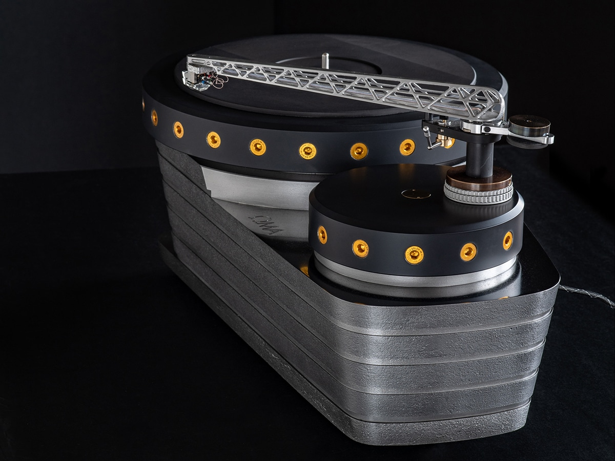Oswald mill audio k3 turntable side view