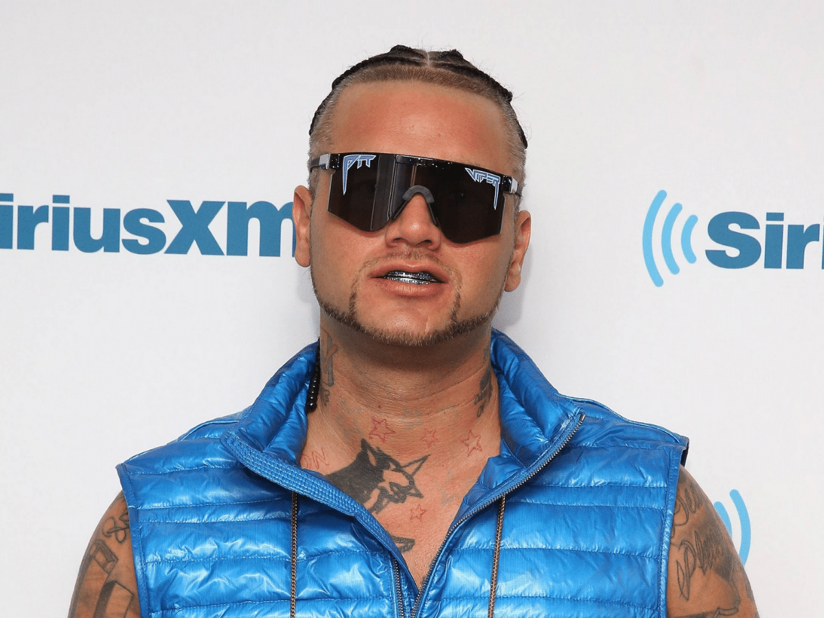 Riff raff pit vipers feature