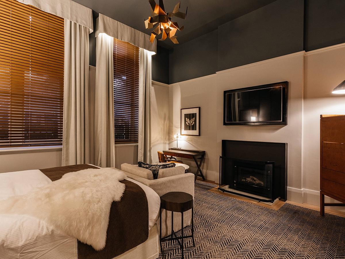 The luxury collection by marriott international singlebedroom