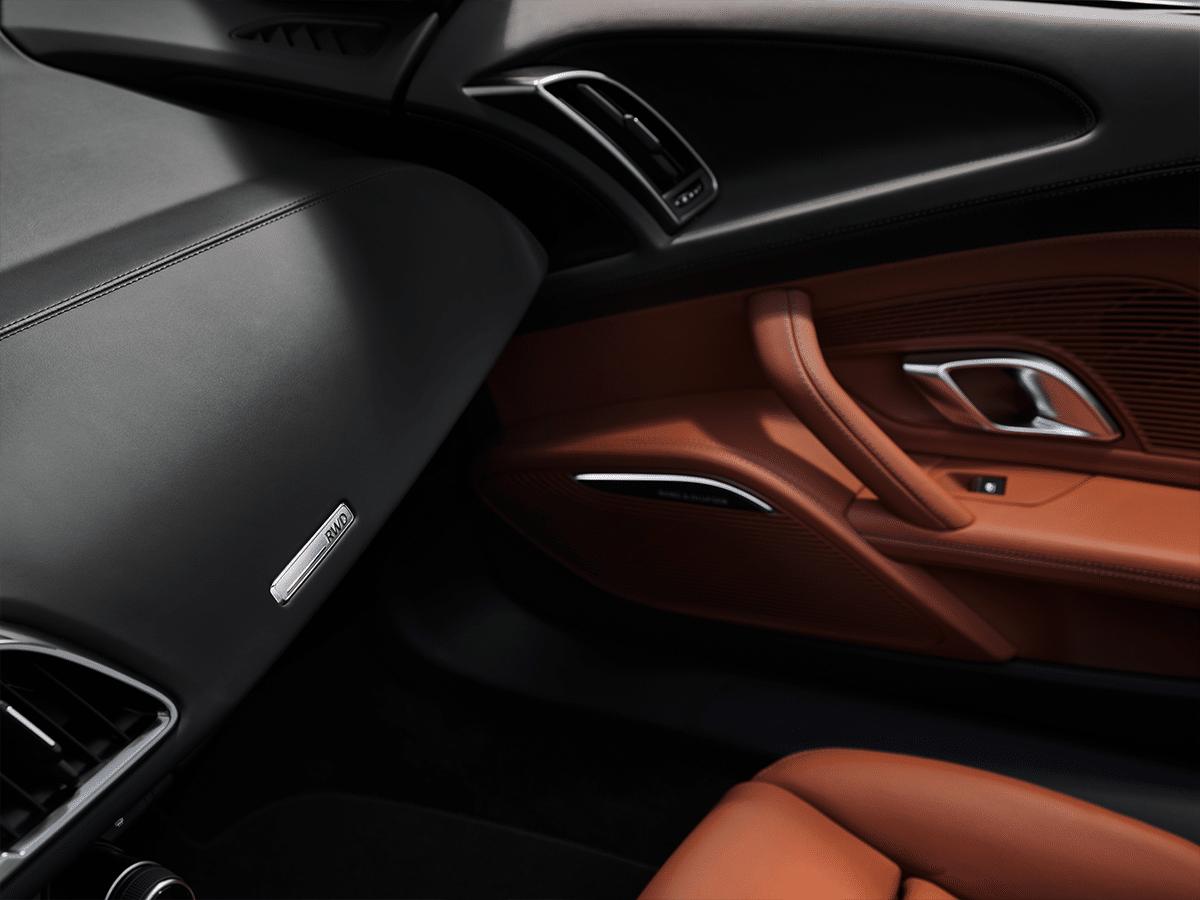 Audi r8 v10 interior 2