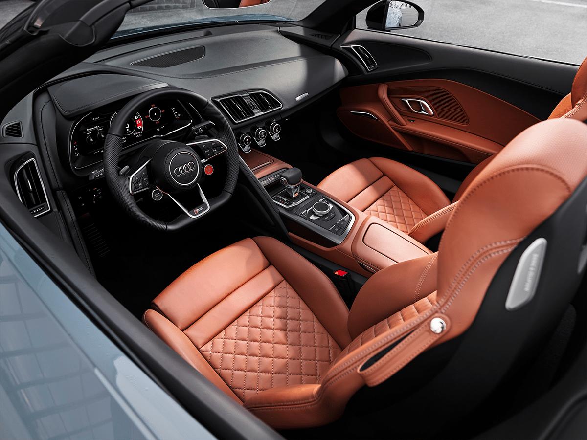 Audi r8 v10 interior 3
