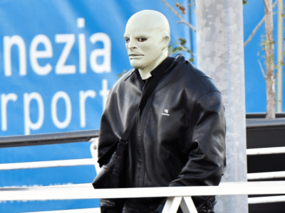 """Kanye West """"Hides"""" In Plain Sight Behind Creepy Face Mask in Italy"""