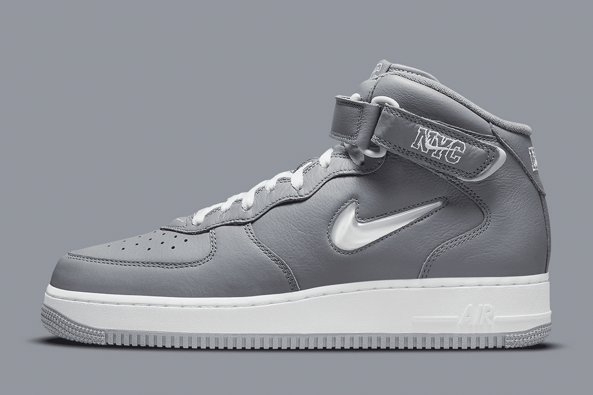 Nike mid jewel